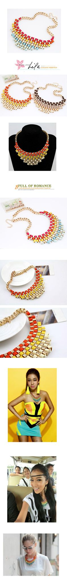 exaggerated necklace