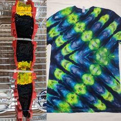 Post with 63 votes and 3339 views. Tagged with diy, psychedelic, tiedye, tiedye; Shared by psydye. Make A Tie, How To Tie Dye, Tie And Dye, Ice Tie Dye, Tye Dye, Shibori, Tie Dye Instructions, Tie Dye Tutorial, Tie Dye Folding Techniques