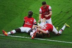 Wigan Athletic 1 Arsenal 1 (Arsenal win 4-2 on Pens) - Santi scores our decisive penalty!