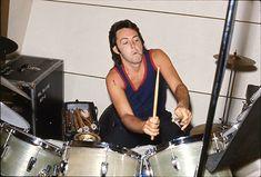 Paul McCartney recording drums for RAM