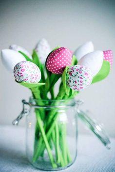 Zaproś wiosne do swojego domu.  Do sprzedania bukiet mieszanych tulipanów. Tulipany są szyte częsciowo recznie a cześciowo maszynowo.  Każdy tulipan posiada listek i dzieki mojemu patentowi...