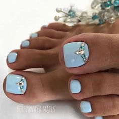 Pedicure Designs, Pedicure Nail Art, Toe Nail Designs, Toe Nail Art, Pretty Toe Nails, Cute Toe Nails, Acrylic Toes, Best Acrylic Nails, Yellow Toe Nails