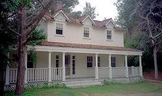 """The house was used in """"The Waltons"""" in Warner Bros. Movie Set.  Also used in """"Gilmore Girls"""" TV show for The Dragonfly Inn."""