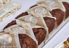 simple cake packaging