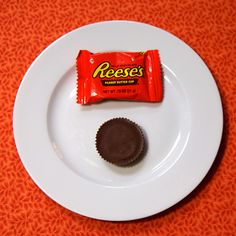 1 Reeses Peanut Butter Cup = 110 calories #easter #100calories