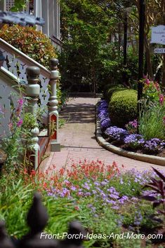 Front Porch Landscaping Ideas, Front yard landscaping ideas, Landscaping Pictures