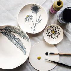 "35 Likes, 3 Comments - Nicola Hart (@nicolahartstudios) on Instagram: ""Painting flowers and feathers for Friday! #painting #australianceramics #ceramics #keramik…"""