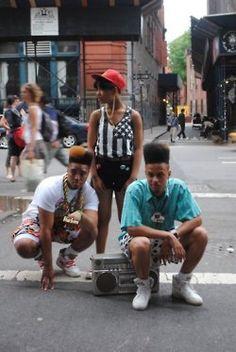 Pin by géneviève carter on street swagg afro punk, estilo de Moda Hip Hop, 80s Hip Hop, Hip Hop Rap, Fashion Kids, Hip Hop Fashion, Look Fashion, Street Fashion, Outfits Casual, Grunge Outfits