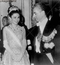Farah Diba con Reza Palhevi.