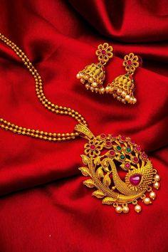 Gold Chain Design, Gold Bangles Design, Gold Earrings Designs, Gold Jewellery Design, Necklace Designs, Gold Necklace Simple, Gold Jewelry Simple, Necklace Set, Golden Necklace