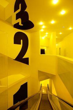 #signage #wall #signalétique #espace #typography Designspiration — GOLLY ± BOSSY — DESIGN HOSTEL — Galerija — Mi