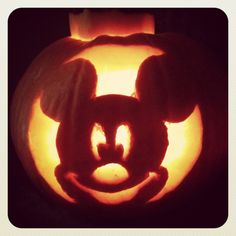 Mickey Mouse Halloween Pumpkin Images & Pictures - Becuo