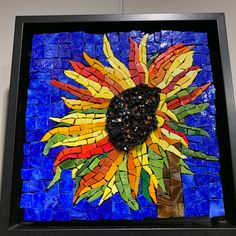 Mosaic Tray, Mosaic Glass, Stained Glass, Mosaic Designs, Mosaic Ideas, Glass Art Pictures, Mosaic Flowers, Shattered Glass, Mosaic Crafts