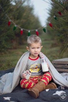 Christmas Tree Farm Family Mini-Session - Seattle Children Photography