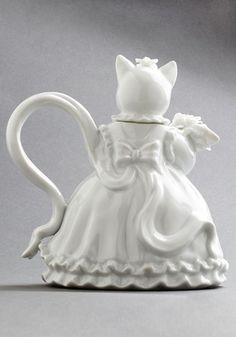 Purr Me a Cup Teapot | Mod Retro Vintage Kitchen | ModCloth.com