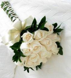 Irving Wedding Flowers - Simply White Bridal Bouquet flowers white How to Make Bridal Bouquets White Rose Bouquet, Rose Bridal Bouquet, White Wedding Bouquets, White Wedding Flowers, Bride Bouquets, Bridal Flowers, Floral Wedding, White Bridal, Trendy Wedding