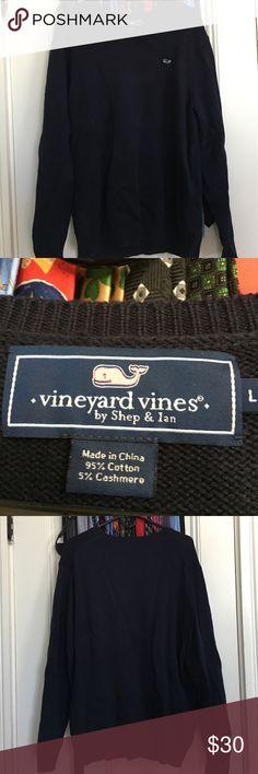 Vineyard Vines shep sweater Minimal wear, great condition Vineyard Vines Sweaters V-Neck