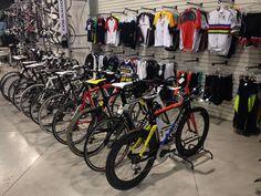NOVIDADE: Já chegaram as linhas 2014 das Bikes Colnago, Wilier e Pinarello na Loja Fast Runner. Venha conhecer!  Estamos localizados na Alameda dos Arapanés, nº 195, Moema - SP.  Boas pedaladas!