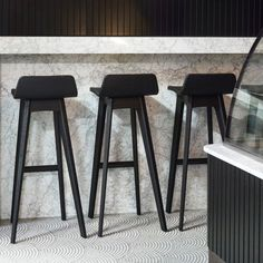 Wood Source, American Walnut, Walnut Veneer, Solid Wood Furniture, Seat Pads, Wood Colors, Foot Rest, Solid Oak, Minimalist Design