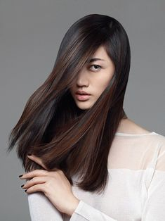 a perfect color idea for asian hair simple and impressive - Coloration Chocolat Caramel