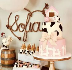 Baby Birthday Themes, 2nd Birthday Party For Girl, Horse Birthday Parties, Farm Birthday, Birthday Party Decorations, Birthday Ideas, Buffet, Birthdays, Party Ideas