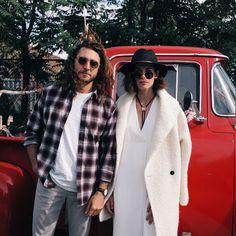 Shawn Hanna & Carly Foulkes