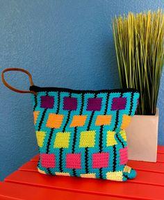 Zig Zag Crochet, Crochet Pouch, Crochet Pillow, Crochet Purses, Crochet Motif, Tapestry Bag, Tapestry Crochet Patterns, Crochet Patterns Amigurumi, Strands