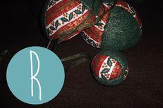 Ref.: BLS_NT_01 Bola caixa (10cm) e bola cheia (6cm) / Christmas Handmade