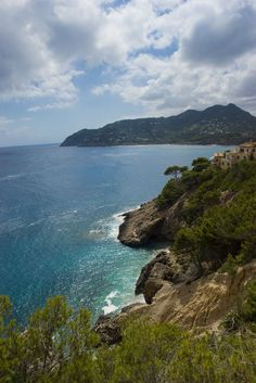 Majorca- Probably the most beautiful beaches I have ever seen...I think we should take a trip to Spain and then hop on over!