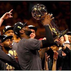 Tonight the Cavs make their first trip back to Golden State since that magical night on June 19th. The 29-10 Cleveland Cavaliers wrap up their season long 6 game road trip against the 34-6 Golden State Warriors. Going back to the 2016 NBA Finals the Cavs have won four straight games over the Warriors including the last two in Golden State. The last time these two teams met (Christmas Day) King James had a team high 31 points (20 in the 2nd half) and 13 rebounds. Here's hoping the locker room…