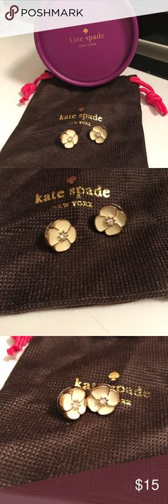 Kate Spade flower white enamel earrings 🌸 Kate Spade flower white enamel earrings 🌸. Worn only once. Pristine like-new condition with cloth pouch and box. Make me an offer ☺️!!!!! kate spade Jewelry Earrings