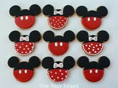 Disney mickie an minnie frosted gingerbread cookies
