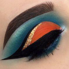 Best Makeup Ideas For Laying Mascara And Eyeliner Makeup Eye Looks, Beautiful Eye Makeup, Eye Makeup Art, Cute Makeup, Skin Makeup, Eyeshadow Makeup, Eyeshadows, Crazy Eyeshadow, Makeup Eyebrows