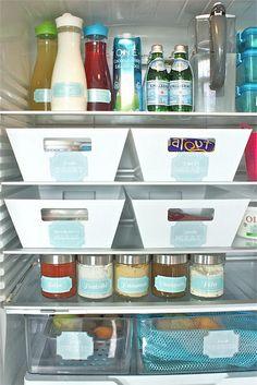 Split the fridge according to bins, and your roommates know what's yours and what's theirs! Nice!