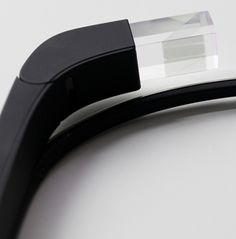 I used Google Glass: the future, with monthly updates   The Verge. A personal tale on the incredible Google Glass.