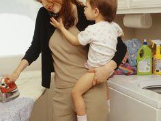 http://madame.legorafi.fr/2016/02/01/apres-une-journee-de-travail-pour-son-patron-elle-commence-une-journee-de-travail-pour-sa-famille/ #madamegorafi