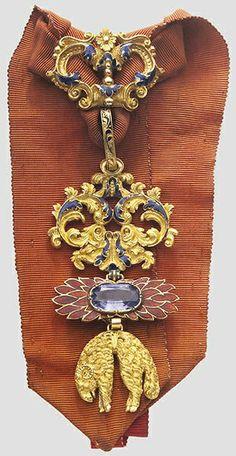 Spain, Golden Fleece Order neck badge, awarded to Henri de Bourbon, Duc de Bordeaux in 1823. 01