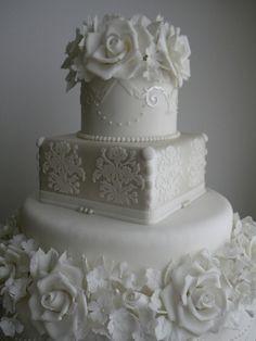 Bolo de Casamento by A de Açúcar Bolos Artísticos, via Flickr