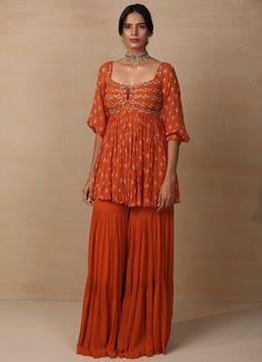 Sharara Designs, Lehenga Designs, Indian Fashion Designers, Indian Designer Outfits, Dress Indian Style, Indian Fashion Dresses, Indian Wedding Outfits, Indian Outfits, Indian Clothes