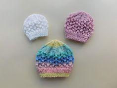 Ravelry: Melika Baby Hat pattern by marianna mel Baby Bonnet Pattern Free, Baby Cardigan Knitting Pattern Free, Beginner Knitting Patterns, Baby Hat Patterns, Baby Hats Knitting, Knitted Hats, Knit Patterns, Free Pattern, Easy Knitting