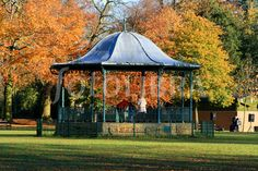 Abington park bandstand looking pretty in northampton ~ location idea. Not always this pretty tbf! But we can sort that. X
