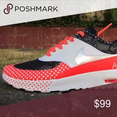 NEW WOMENS NIKE AIR MAX THEA DOERNBECHER sz 6 100% Authentic and Brand New Nike Shoes Sneakers
