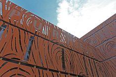 Fassaden-Vorsatzschale aus recyclebarem Corten-Stahl bei der Biogas Centrale in Purmerend/NL. Home Decor, Steel, Homemade Home Decor, Decoration Home, Interior Decorating