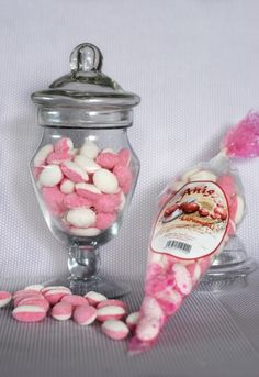 Anis-karamelli. Hinta 3,50€ Teaser, Jar, Home Decor, Decoration Home, Room Decor, Jars, Drinkware, Interior Decorating