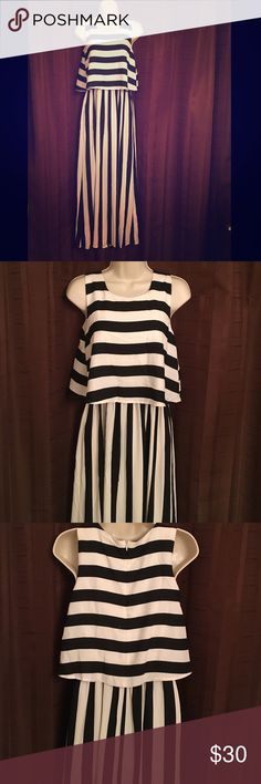 Black & White Chiffon maxi 100% polyester lining & shell - super fun and different! Never worn, only tried on once! Gypsy Warrior Dresses Maxi