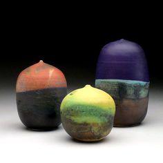 Toshiko Takaezu - Vases #pottery #Japanese_pottery #ceramics #Japanese_ceramics  #vase