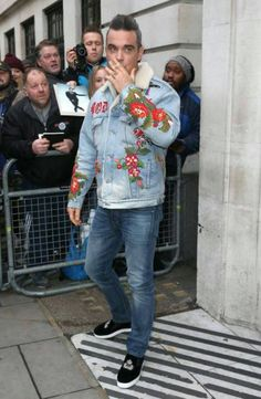 Robbie Williams, Future Husband, Christmas Sweaters, Bae, Take That, Singer, Fancy, Album, Clothes