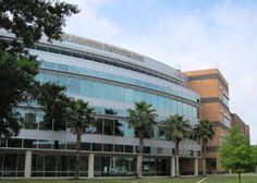 UCF, University of Central Florida's average SAT scores, ACT scores, acceptance rate, financial aid, scholarships, and other college admissions data.