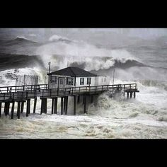 """From """"Hurricane Sandy Cape May to Atlantic City, N.J."""" story by Buffy Andrews on Storify — http://storify.com/buffyandrews/hurricane-sandy-cape-may-to-atlantic-city-n-j"""