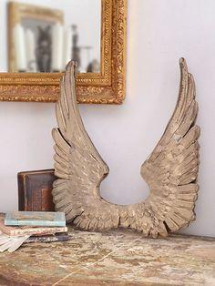 Con alas de oro no se puede volar
